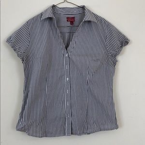 Grey striped fitted shirt